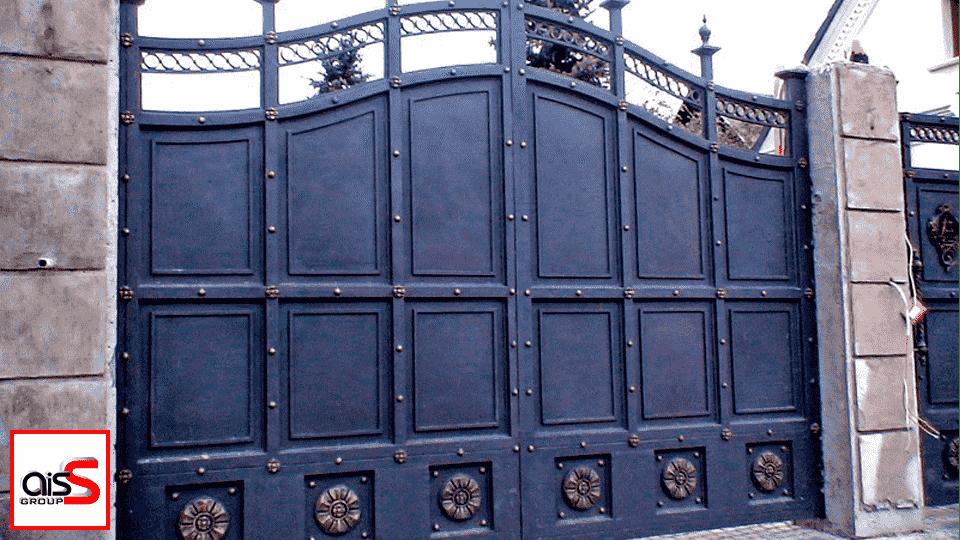 На фото представленные автоматические раздвижные ворота.