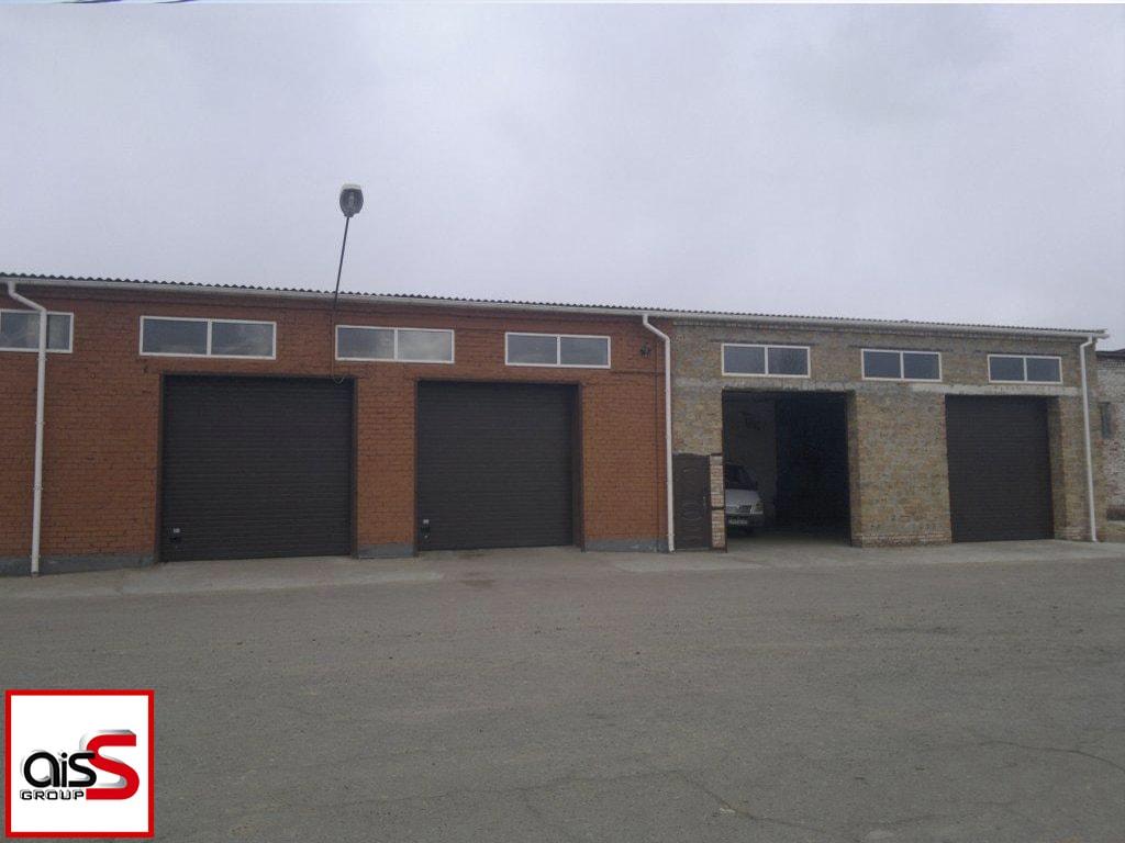 Фото стандартных гаражных ворот на производство.