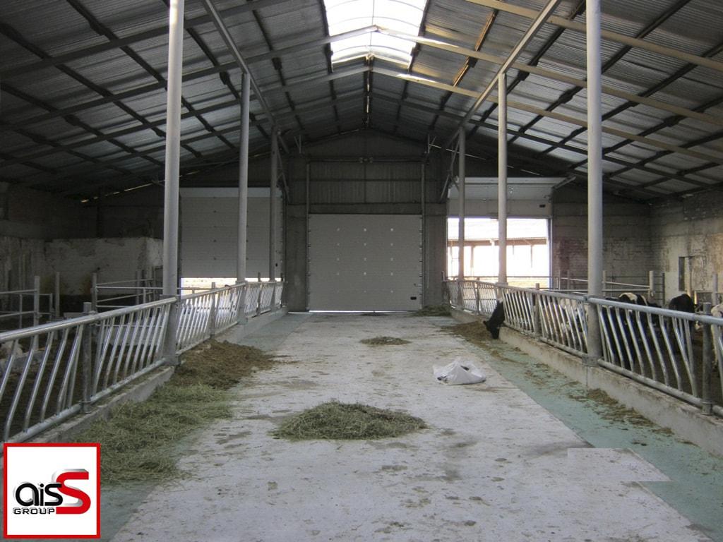 Промышленные ворота для аграрной промышленности на фото