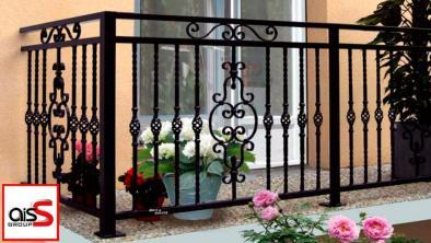 На фото перила для балкона в Запорожье